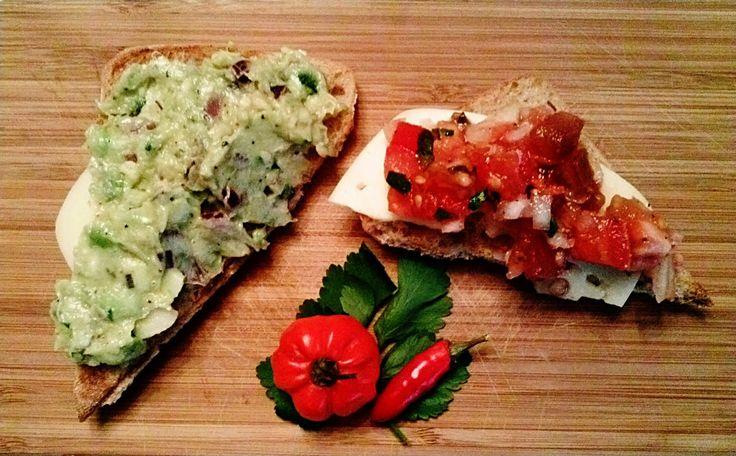 Pampuchy - wszystko o gotowaniu: Grzanki z Guacamole i Pico De Gallo