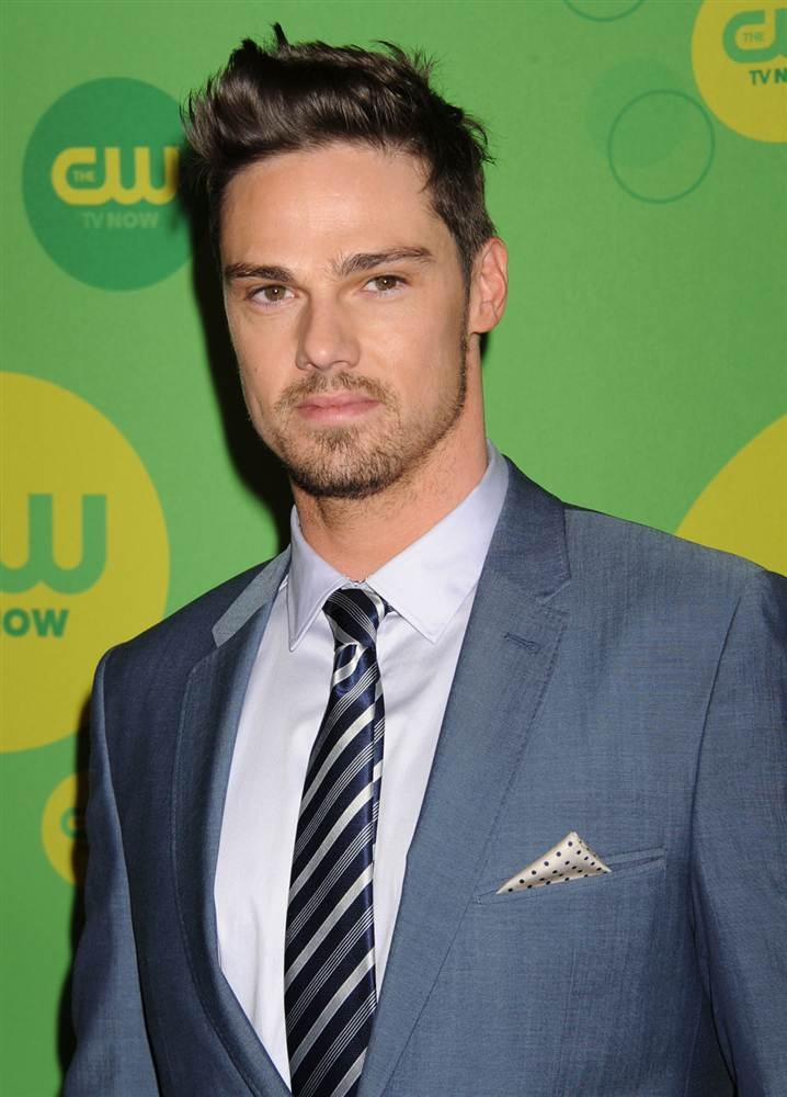 Jay Ryan- beauty & the beast