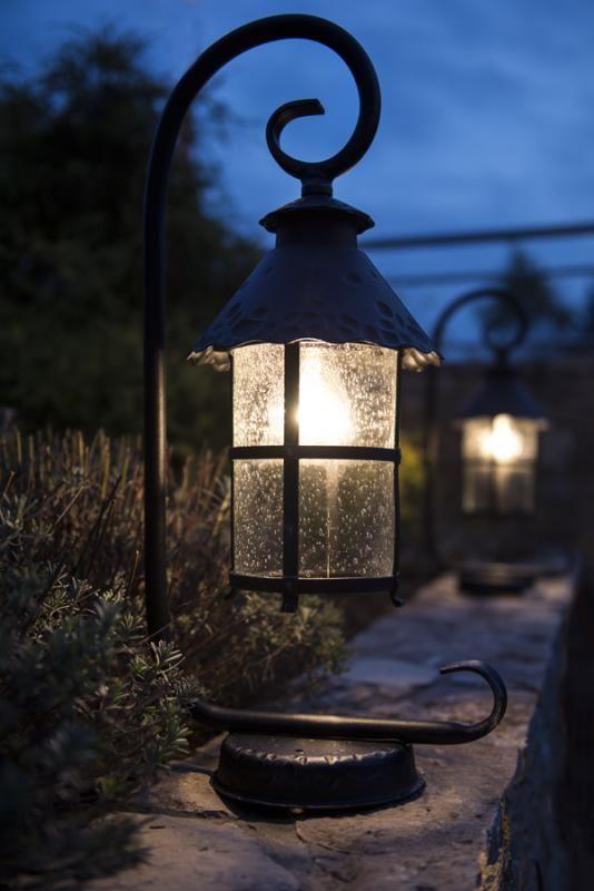 Mini-latarnia ogrodowa