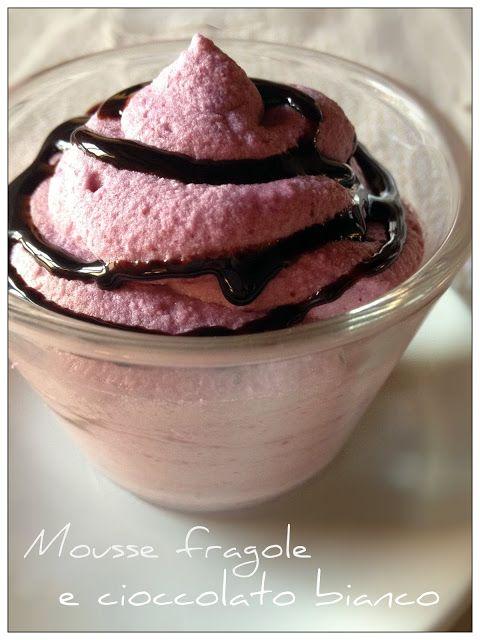 Vivi in cucina: Mousse di fragole e cioccolato bianco