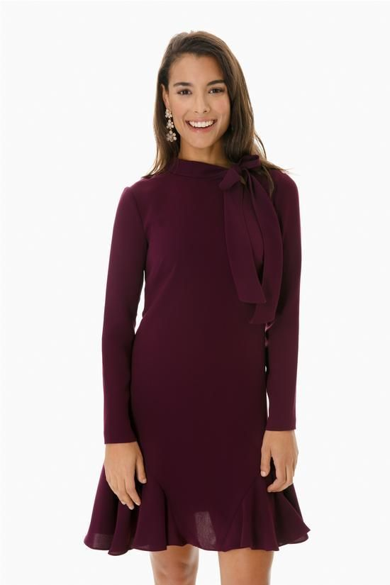 My Favorite Bow Dress For The Office www.toyastales.blogspot.com #ToyasTales #bowdresses #fashion, #womensfashion #workattire #officestyle, #work #office
