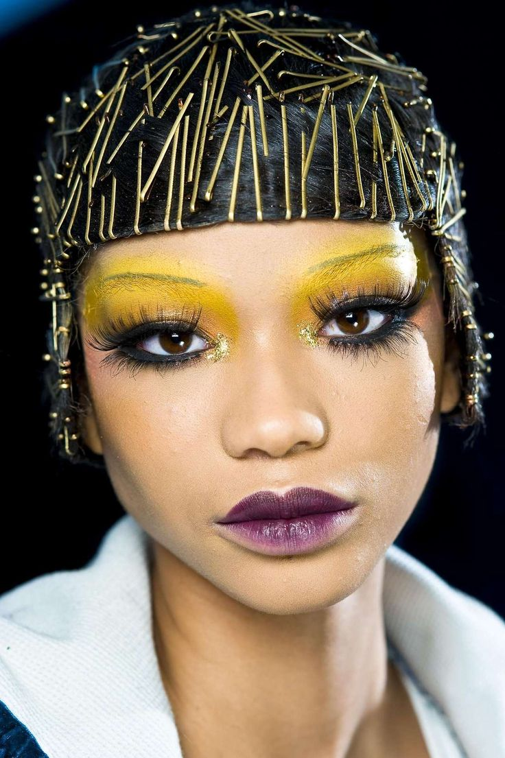 Inspiration High fashion hair, High fashion makeup