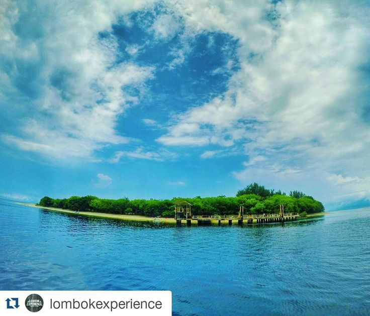 Gili Rengit Sekotong West Lombok  #Repost @lombokexperience with @repostapp  Tag or share your experience in Lombok. Don't touch coral and keep lombok clean.  Location : Gili Renggit Sekotong West Lombok - Indonesia.  #lombokexperience #lombokisland #visitindonesia #wonderfulindonesia #goodnewsfromindonesia #travelgram #travel #tour #wonderful #traveling #beautifullombok #pesonaindonesia #adventure #landscape #photographer #natural #lombok #indonesia #backpacker #holiday…