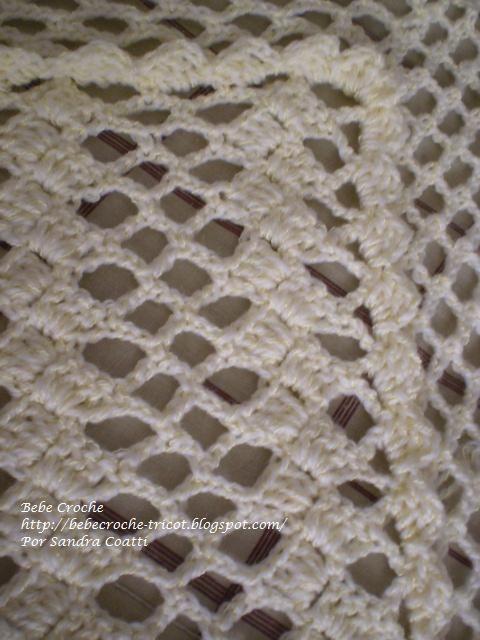 Material    2 novelos da lã BBs - cor 1305    da Coats Corrente    1 agulha de croche nº 4           Be...