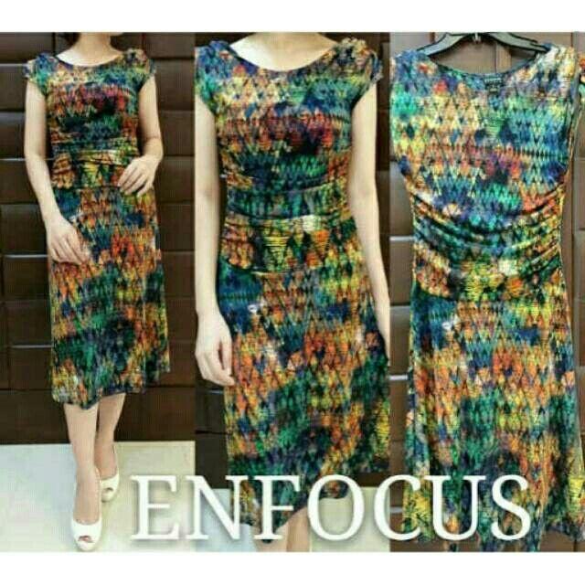 Enfocus Multicolour Dress Idr 159.000 Sz : S 88-90, M 93-95 Bahan melar mengikutu badan  Pemesanan via WA : 081804447293 Atau Official Line @lsu5782g