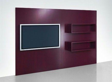 Tyylikäs puiteohjelma | TV-seinä taulutelevisiolle | Jos olet hankkinut uuden ja modernin taulutelevision seinälle, haluaisit varmaan jotain lisää – esim. meidän TV-seinämme.Muuten: tämän seinälevyn lisäksi löytyy teko-ohje litteälle konsolille, jonka voit varustaa avoimilla hyllyillä ja rullalaatikoilla.Seuraava teko-ohje on tehty keskitiiviille paksuudeltaan 19 mm:n kuitulevylle (MDF). Mikäli käytät muita materiaaleja tai paksuuksia, kappaleluettelo on muutettava vastaavasti. Sahauta…