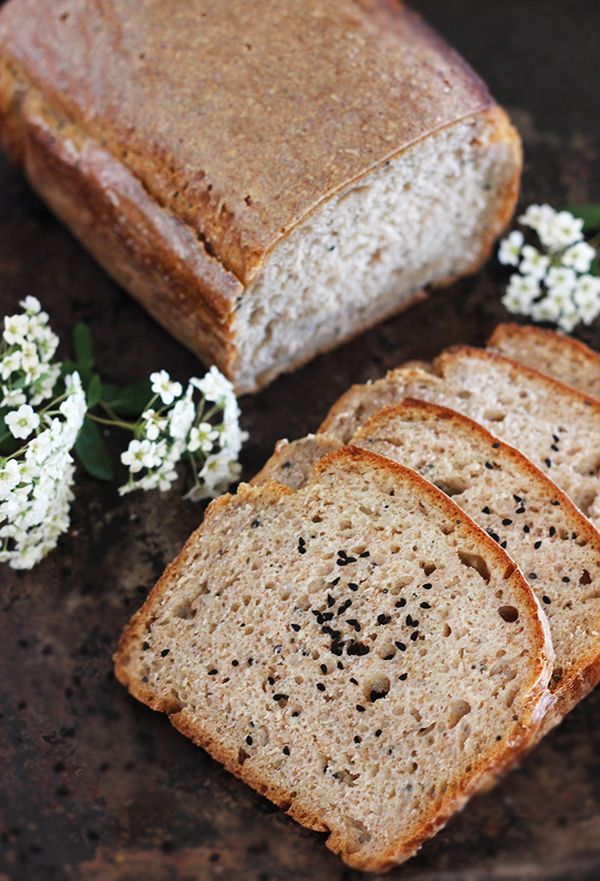 Chleb żytni z czarnuszką na zakwasie