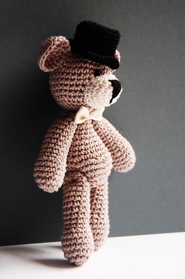 crochet teddy - wedding