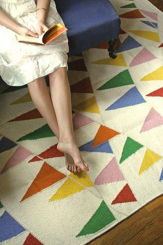 hello adorable rug!