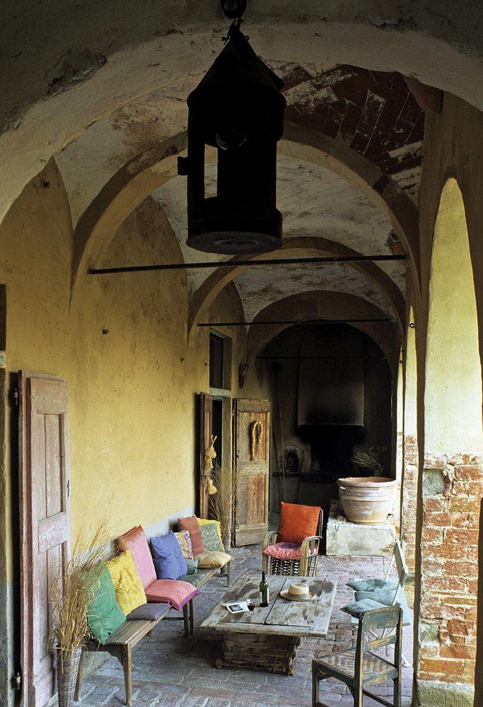 A falak és a padló is a természetességet sugározza