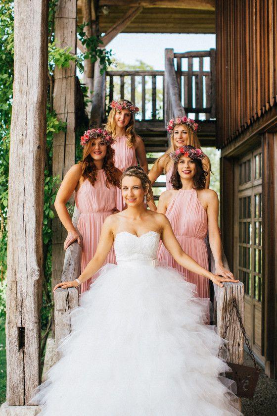 Les 25 meilleures id es de la cat gorie robes de demoiselle d 39 honneur de fleurs sur pinterest - Robe demoiselle d honneur rose poudre ...