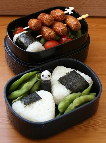 Onigiri, edamame, sausage bento