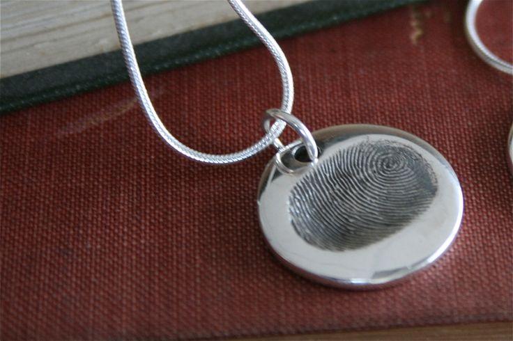 Fingerprint Coin Necklace von Joulberry auf DaWanda.com