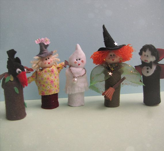 Halloween Party Collection of five cute felt Finger Puppet Set (includes Dracula Vampire, Ghost, Witch, Harvest Scarecrow, crow)