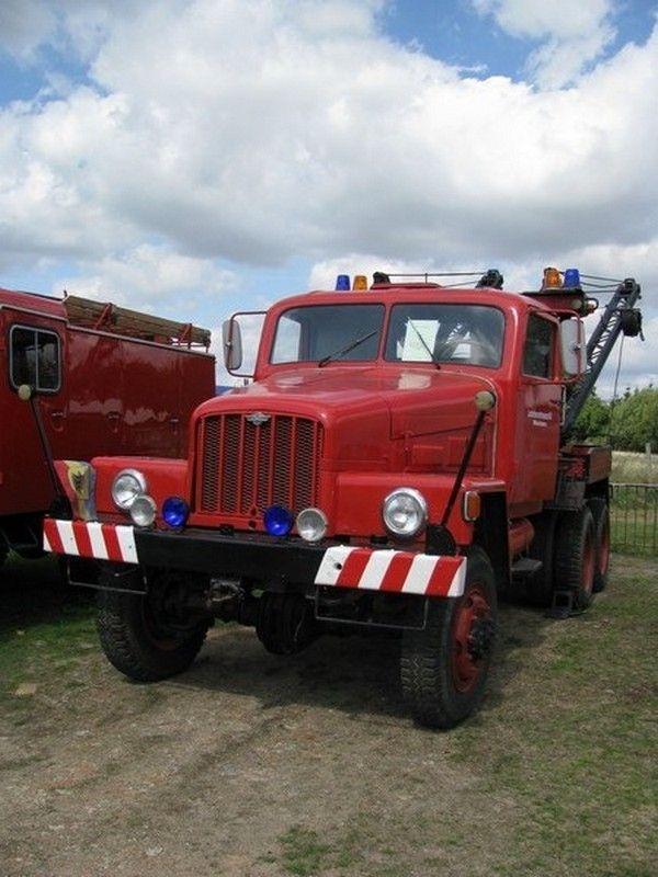 nva feuerwehr | Abschleppwagen vom Typ G 5 der Feuerwehr. Gesehen im ...