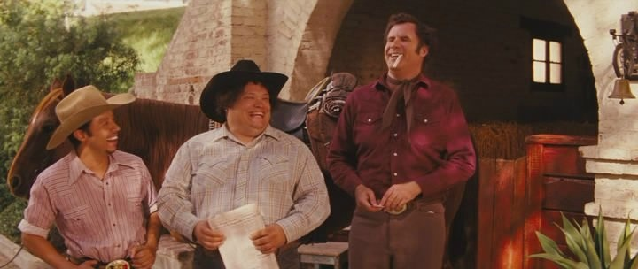 О фильме: Армандо Альварес обычный парень, не особо видавший жизнь. Да и как насладиться ею, когда он вынужден проводить все своё время на ранчо своего отца. Да все осложняется еще и тем, что он английского не знает. И это просто катастрофа для человека, который не может покинуть родную Мексику, чтоб на некоторое время вдохнуть свежий воздух свободы.   http://goldtracker.org/movie/comedy/746-v-dome-otca-casa-de-mi-padre-2012-hdrip-licenziya.html