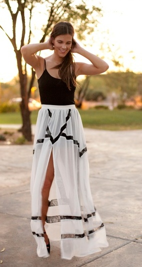 Fashion, Summer Outfit, Black And White, Long Skirts, Black Maxi, Black White, Summer Skirts, Maxi Skirts, Maxis Skirts