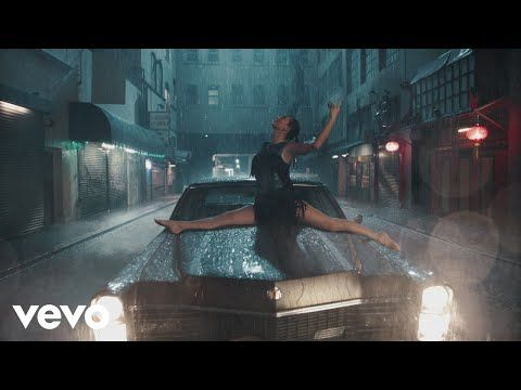 Taylor Swift - Delicate - YouTube