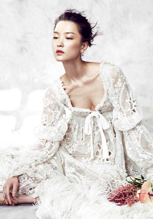 """Du Juan in """"A Fairy's Dream"""" for Vogue China December 2014, ph. by Yin Chao."""