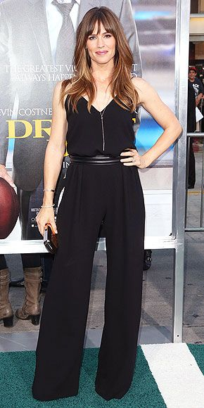 Jennifer Garner: Max Mara dress & cute hairstyle                                                                                                                                                                                 More