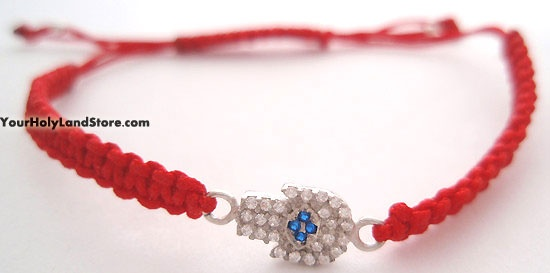 Red String Macrame Bracelet with Hamsa. Hamsa brings protection from negative influence of the evil eye.