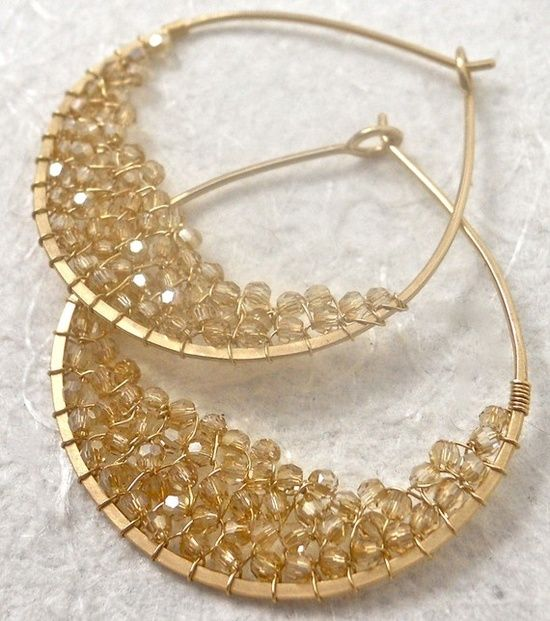 never seen beads used like this | http://my-jewelry-photo-collections.blogspot.com