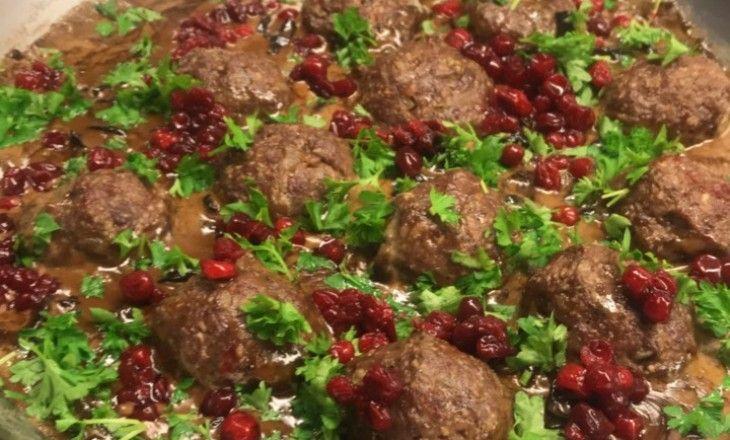 Älgkalvs köttbullar med trattkantarellsås