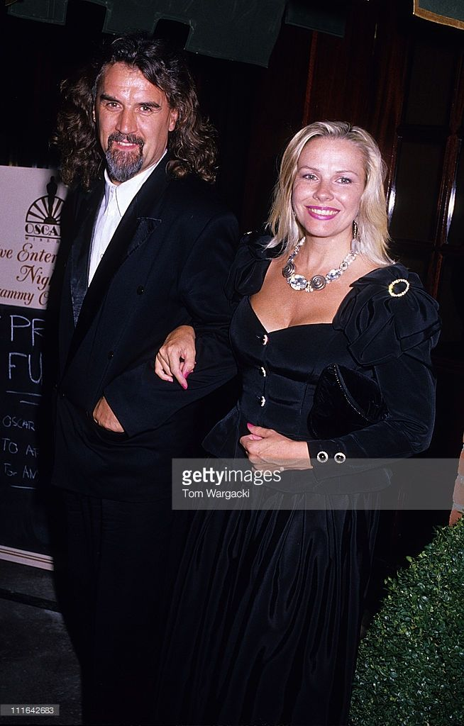 Billy Connolly and Pamela Stephenson during Billy Connolly and Pamela Stephenson Sighting at Oscars Wine Bar Restaurant 1990's at Oscars Wine Bar Restaurant in London, Great Britain.