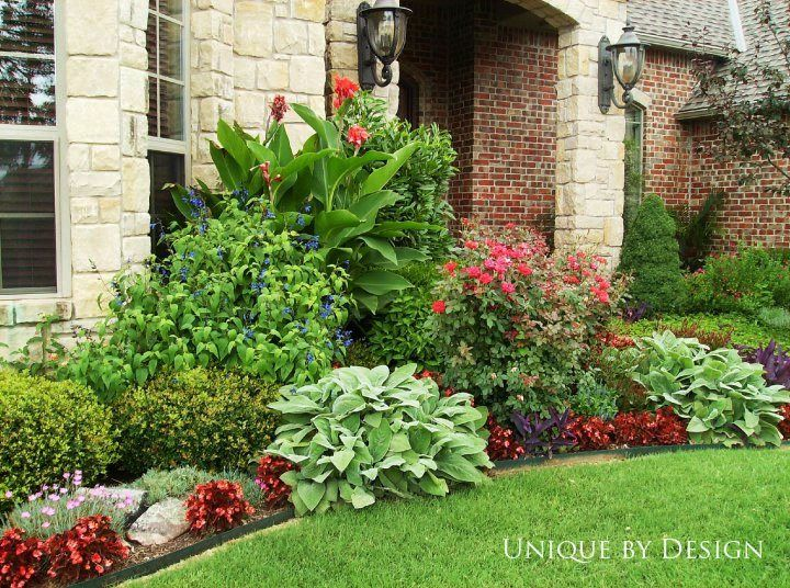271 best front yards images on pinterest for Front yard flower beds