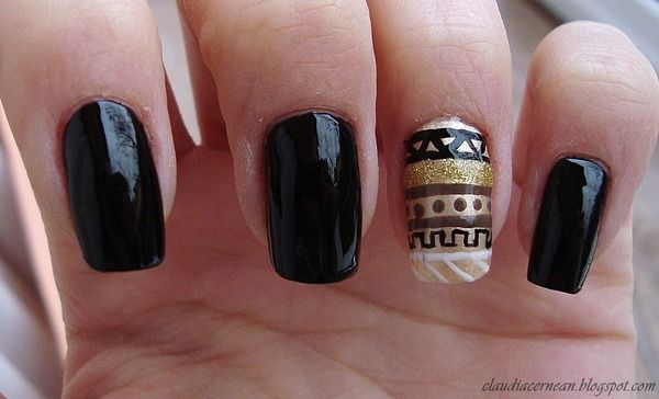 Tribal Nails- http://claudiacernean.blogspot.ro/2012/12/unghii-tribale-tribal-nails.html