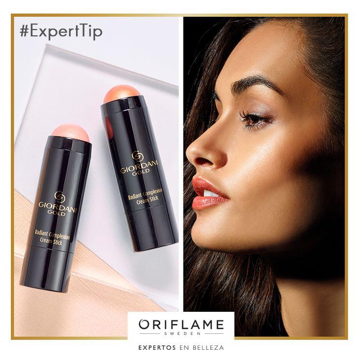 #ExpertTip: Ilumina y esculpe tus facciones para estilizar tu rostro. Aplica los nuevos iluminadores en barra Giordani Gold en nariz, barbilla, arco cupido, mejillas y escote
