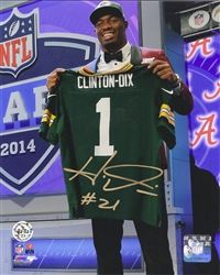 Green Bay Packer 1st Round Draft Pick Ha Ha Clinton-Dix hand signed this 16x20 photo in permanent blue ink. Comes with a Legends of the Field hologram and certificate of authenticity.
