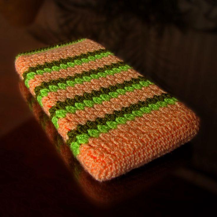 Forro Samrt para tu smartphone, tejido en crochet, hilo acrílico, este se diseñó para un Iphone 6, es el modelo sencillo, sin broche ni cadena, a pedido de mi hermana. Solicita el tuyo a tu gusto y a tu medida al 3167317595 o al 3125954366