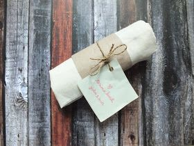 Mewujudkan Pernikahan Impian (Part 1). DIY packaging wedding souvenir. #diyweddingsidea #diyweddingsouvenir #souvenirpernikahan #totebag #rusticwedding