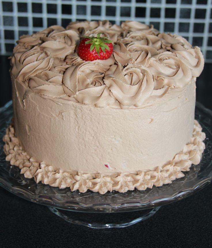 Vaniljekake er et fint alternativtil alle sjokoladekakene, eller som erstatning for det vanlige sukkerbrødet. Kaka er saftig og med litt...
