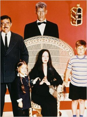 La Famille Addams : affiche Carolyn Jones, John Astin, Ken Weatherwax, Lisa Loring, Ted Cassidy