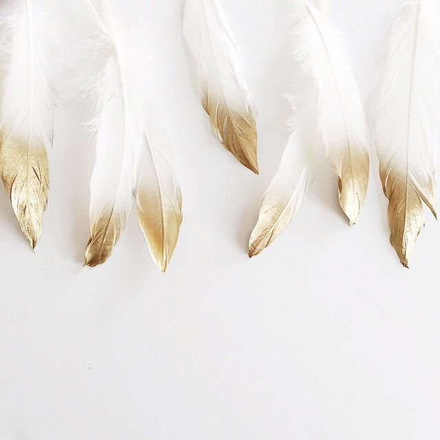 DIY in progress 〰〰 Wasn't sure how I felt about feathers until I added some gold.  Gold is the answer. ✨