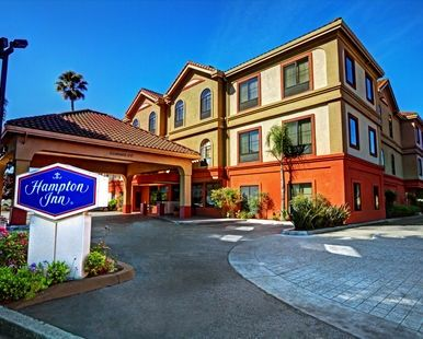 Hampton Inn Santa Cruz Hotel, CA - Exterior, Day