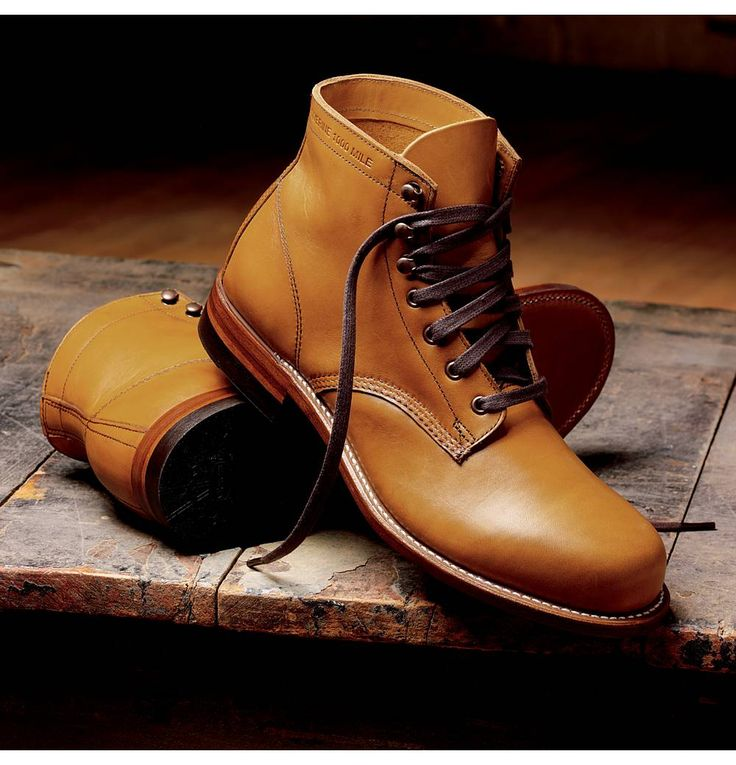 Wolverine 1000 Mile Boot in Tan