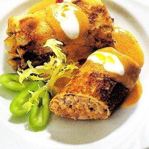 Meat pancakes with paprika sauce – Hortobagyi palacsinta