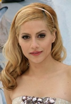 Brittany Murphy - Nov.10,1977 - Dec. 20, 2009  (Collapsed in shower of natural cause)