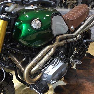#bmw #moto #motorcycle #motolegende #sitecar #rninety #rninetbmw #vert #green #scrambler #750 #course #race #concept #race #paris #france
