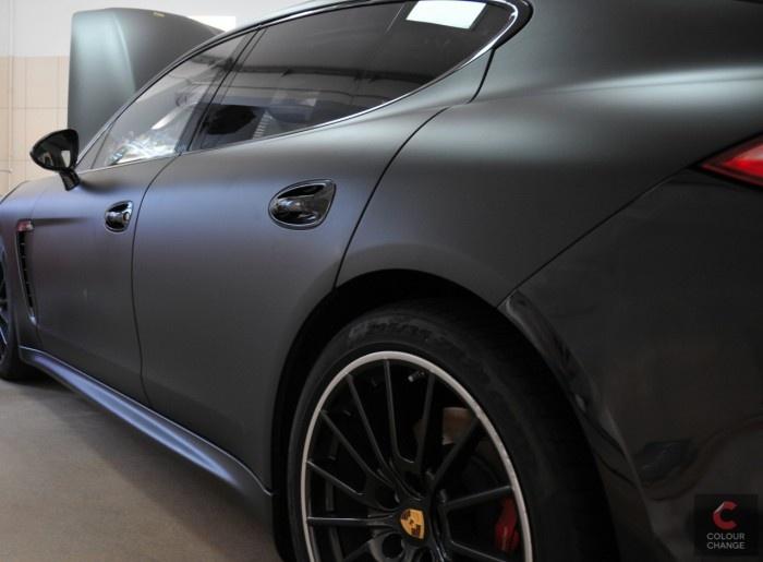 Porsche Panameta Turbo - black matt