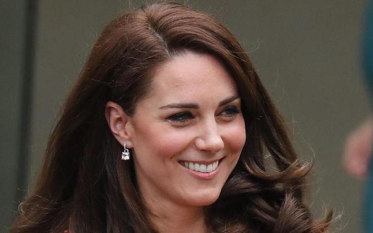 Герцогиня Кэтрин выступила с трогательной речью о своем родительском опыте накануне Дня матери, который британцы отметят в ближайшее воскресенье.