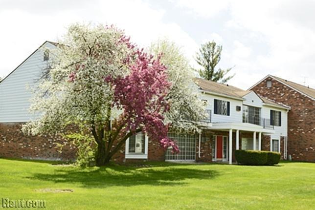 Apple Ridge Apartments - 31200 Morlock Street, Livonia MI 48152 - Rent.com