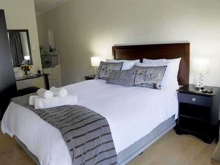 Arvella Guesthouse - Affordable luxury accommodation close to Rosepark Hospital and other attractions.Our accommodation offers three luxury rooms, each offering its own ambience and character. All rooms can accommodate single ... #weekendgetaways #bloemfontein #motheo #southafrica