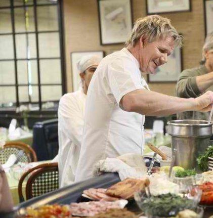 296 best Gordon Ramsay images on Pinterest | Chef gordon ramsay ...