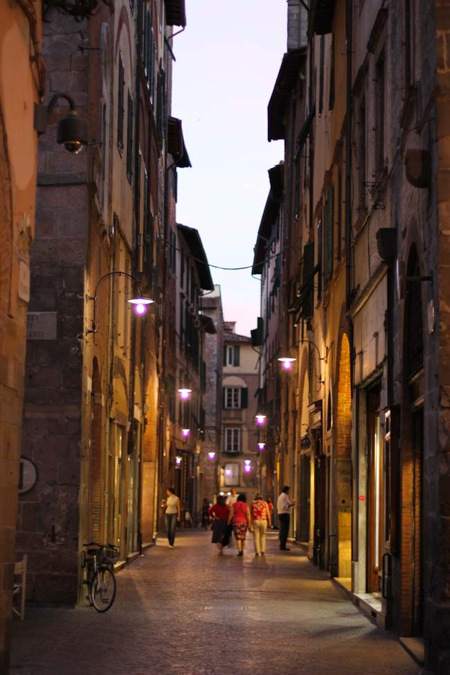 Lucca Italy at night. See more European Cities on theVintageMixer.com/travels #Europe #Italy #lucca #tuscany