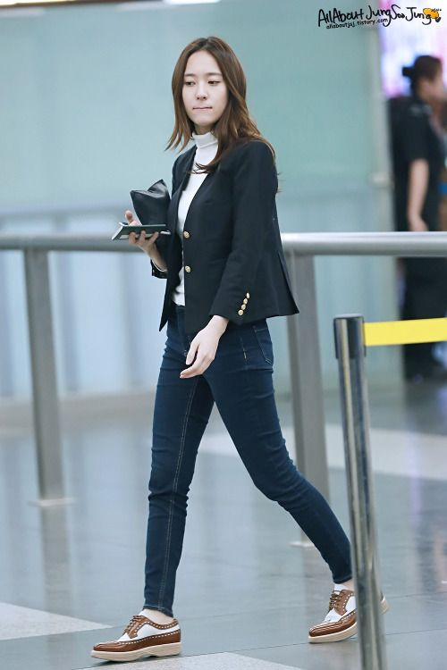 160501 f(x) Krystal | Beijing Airport to Incheon