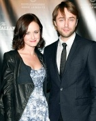 Alexis Bledel, Vincent Kartheiser Make Red Carpet Debut @The_Macallan #MacallanMasters Masters of Photography event!